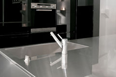 黑色厨房 免版税图库摄影