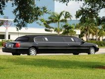 黑色大型高级轿车 图库摄影