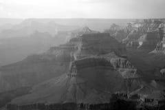 黑色峡谷全部白色 免版税库存图片