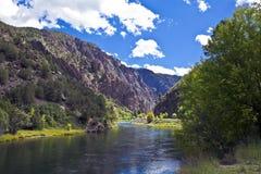 黑色峡谷gunnison河 库存图片