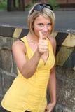 黑色性感的妇女黄色 库存图片