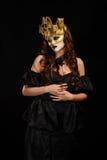 黑色暂挂玫瑰性感的妇女 免版税图库摄影
