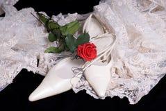 黑色查出的鞋子婚礼 库存照片