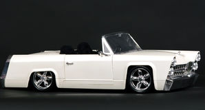 黑色汽车经典模型白色 免版税图库摄影