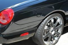 黑色汽车详细资料 库存图片