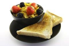 黑色碗玉米片多士 库存图片