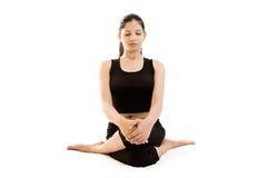 黑色礼服女孩印地安人瑜伽 免版税图库摄影