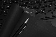 黑色膝上型计算机 库存图片