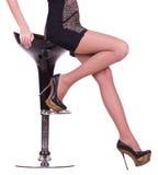 黑色象女人行程性感的鞋子 库存照片