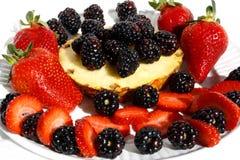黑莓菠萝草莓 图库摄影