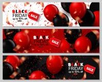 黑被设置的星期五销售水平的横幅 在白色,黑和红色背景的飞行的光滑的气球 落的五彩纸屑和 皇族释放例证
