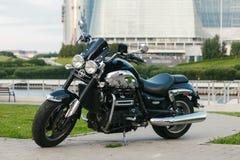 黑跑车摩托车3 图库摄影