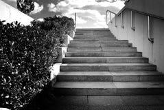 黑都市台阶 库存照片