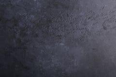 黑黑暗的石背景纹理背景拷贝空间 免版税图库摄影