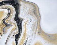 黑,白色和金黄闪烁液体大理石纹理 墨水绘画摘要样式 墙纸的,飞行物,岗位时髦背景 皇族释放例证