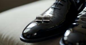 黑elegand鞋子 股票录像