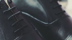 黑elegand鞋子 影视素材