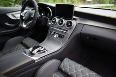 默西迪丝C63s的汽车内部 库存图片