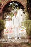 鼓吹爱情与和平的嬉皮士 免版税图库摄影