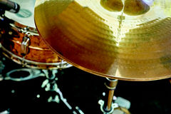 鼓铙钹和鼓 库存照片