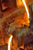 鼓风炉液体金属 免版税库存照片