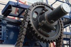 齿轮和链子 图库摄影