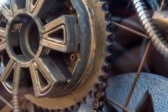 齿轮有链子的传输设备 库存图片