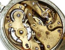 齿轮老口袋生锈的手表 库存图片