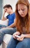 年轻年龄的沮丧的女孩 库存图片