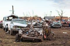龙卷风损坏的邻里 免版税库存照片