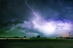 龙卷风路剧烈风暴 免版税库存照片