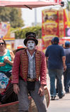 龙授以爵位steampunk高跷步行者 免版税图库摄影