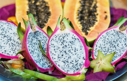 龙果子或pitahaya的横断面 免版税库存照片