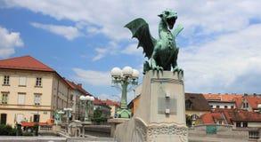 龙桥梁-脱离纪念碑,卢布尔雅那 库存图片