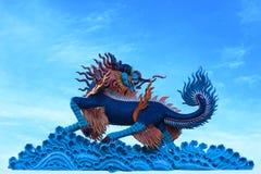 龙的雕象 免版税库存照片