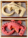 龙蛋糕为孩子生日 库存图片