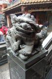 龙雕塑 免版税库存照片