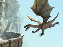 龙,石头中世纪城堡阳台 免版税库存图片