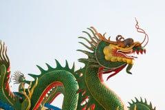 龙绿色雕象 免版税库存照片