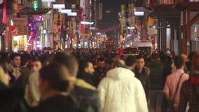 2017年,圣诞节,人们拥挤了,伊斯坦布尔istiklal街道,土耳其12月2016年, 股票视频