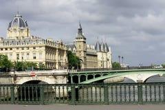 巴黎,小船,河,老城市,城市,吸引力文化 免版税库存图片