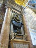 19 06 2017年,梵蒂冈:圣保罗` s大教堂内部 免版税库存照片