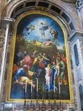 19 06 2017年,梵蒂冈:圣保罗` s大教堂内部 库存照片