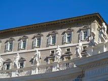 19 06 2017年,梵蒂冈:雕象和建筑细节在S 库存照片