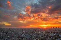 巴黎,法国鸟瞰图日落的 免版税库存图片