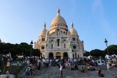 巴黎,法国, 2012年9月04日 Sacre-Coeur的游人 库存图片