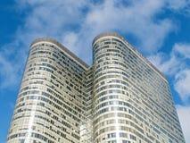 巴黎,法国- 2012年10月:在拉德芳斯的办公楼 免版税库存照片