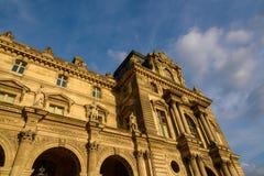 巴黎,法国- 2016年5月18日:一部分的罗浮宫 免版税库存照片
