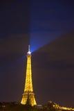 巴黎,法国10月1日: 埃佛尔铁塔在晚上。 埃菲尔towe 库存图片