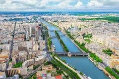 巴黎,法国2016年7月01日:巴黎视图全景从E的 免版税库存图片
